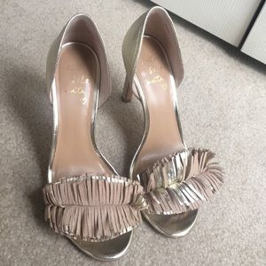 Banana republic gold sandal 8 M